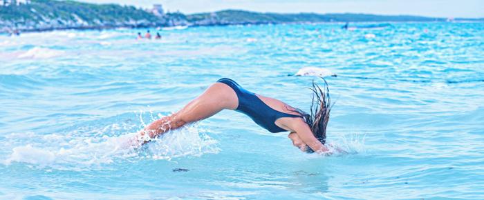 Underwire one piece swimsuit